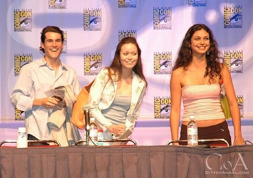joss & cast at comic con 2004