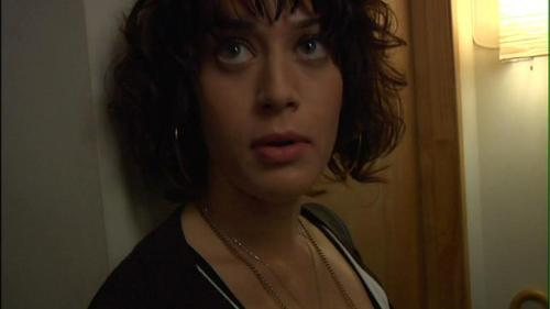 Lizzy Caplan fond d'écran with a portrait called lizzy