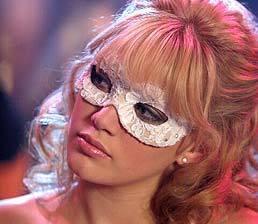 http://images1.fanpop.com/images/photos/2100000/sam-a-cinderella-story-2198175-258-224.jpg