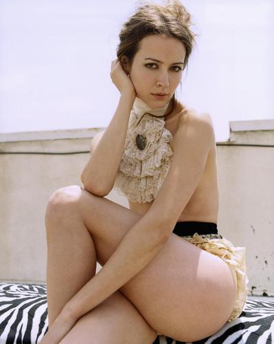 Amy Acker achtergrond possibly containing skin titled Amy foto Shoot.