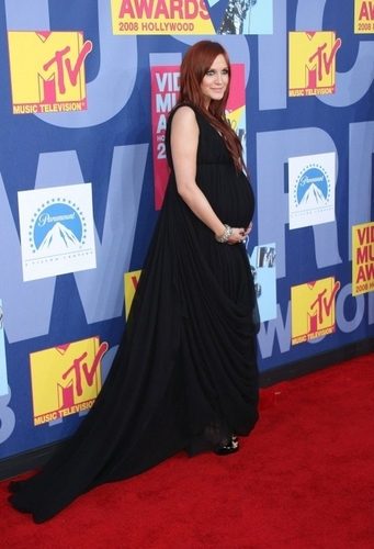Ashlee @ MTV Awards