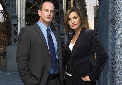Law and Order SVU wallpaper containing a business suit and a suit titled Benson & Stabler
