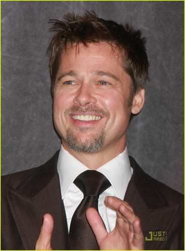 Brad Pitt wallpaper containing a business suit, a suit, and a pinstripe entitled Brad
