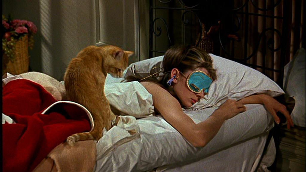 http://images1.fanpop.com/images/photos/2200000/Breakfast-at-Tiffany-s-breakfast-at-tiffanys-2295380-1024-576.jpg