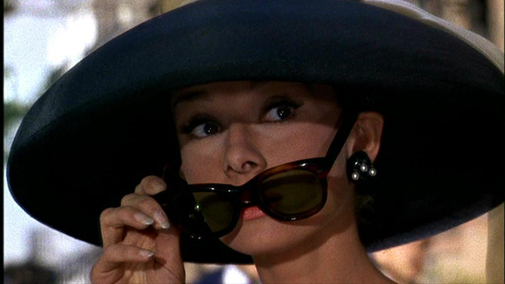 http://images1.fanpop.com/images/photos/2200000/Breakfast-at-Tiffany-s-breakfast-at-tiffanys-2295514-1024-576.jpg