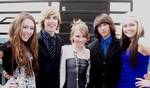 Cody/Miley Behind the Scenes