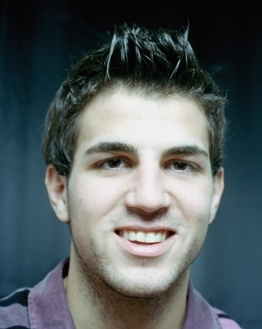 Cesc Fabregas 바탕화면 with a portrait entitled Fabregas