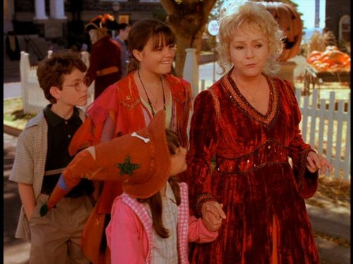HALLOWEENTOWN images Halloweentown wallpaper and background photos