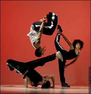 Into the Hoods - hip-hop-dance Photo