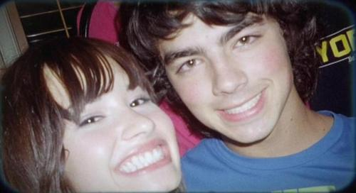 Jemi wallpaper probably containing a portrait called Jemi