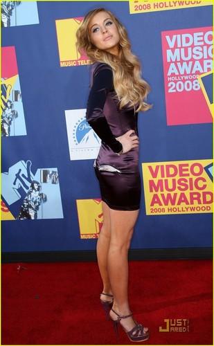 Lindsay at VMA'S