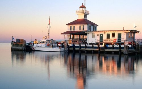 Louisiana Wallpaper-Canal Lighthouse