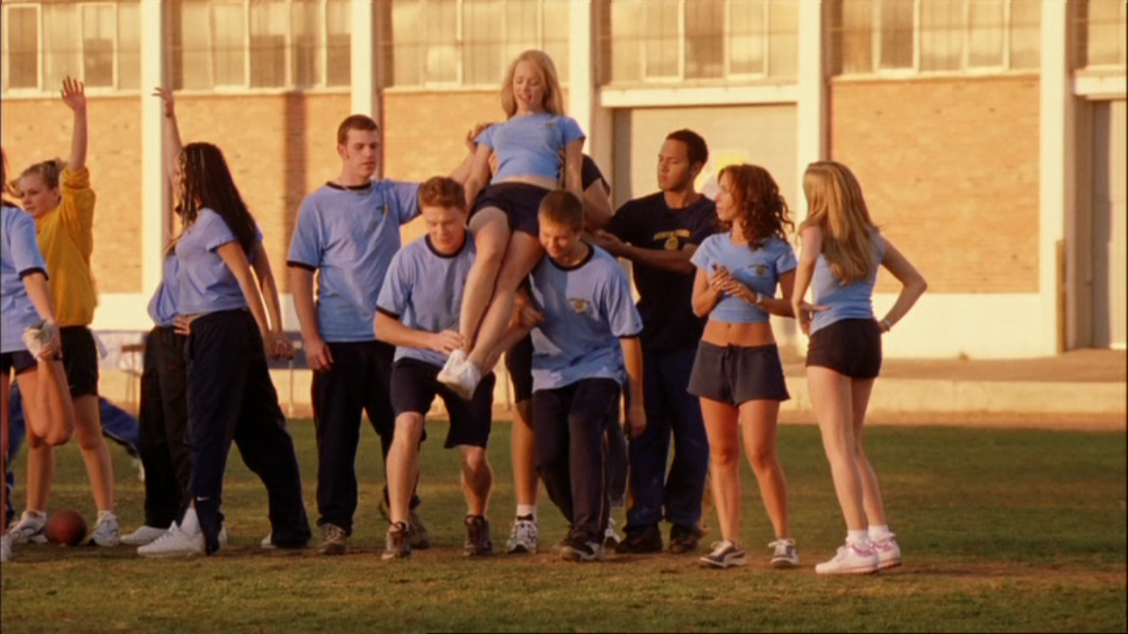 http://images1.fanpop.com/images/photos/2200000/Mean-Girls-Screencap-mean-girls-2243911-1600-900.jpg