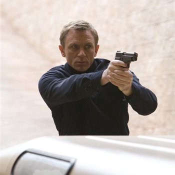 James Bond fondo de pantalla titled Quantum of Solace Promo Pic
