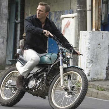 James Bond fondo de pantalla probably containing a motorcycle cop called Quantum of Solace Promo Pic