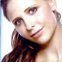 Sarah  - sarah-michelle-gellar icon