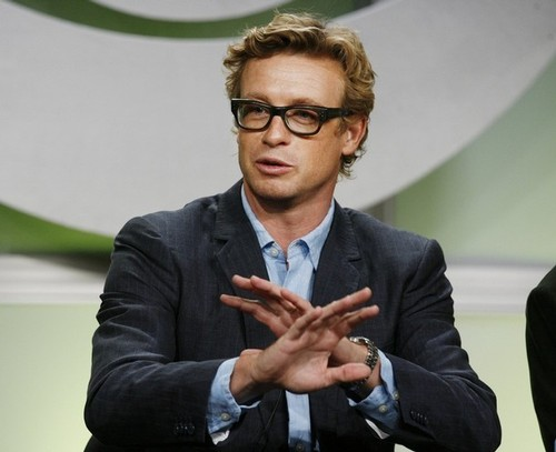 Simon Baker - the-mentalist Photo