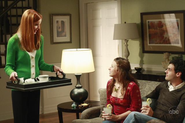 5X02 Promo Pictures desperate housewives 2360962 640 427 - Desperate Housewives
