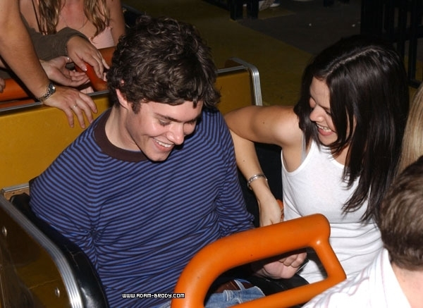 Fotos - Adam Brody And Rachel Bilson Dating News Gossip And Photos