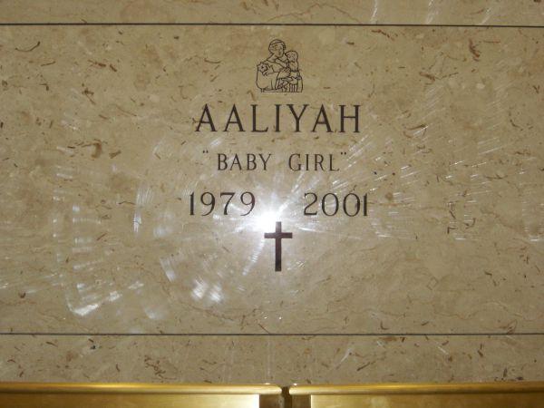 Aaliyah's grave