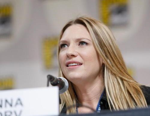 Anna at ComicCon 08