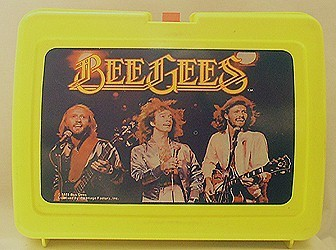 Lunch Boxes karatasi la kupamba ukuta titled Bee Gees Vintage 1978 Lunch Box