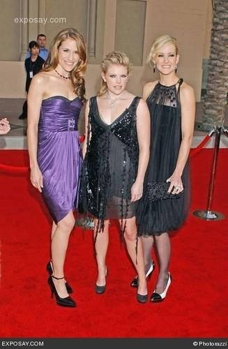 Dixie Chicks fond d'écran with a cocktail dress entitled Dixie Chicks