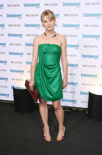 Emilie at EW's Pre-Emmy party