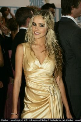 Isabel @ TV Week Logie Awards 2005