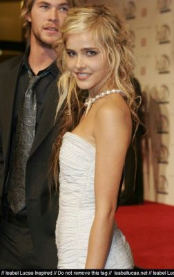 Isabel @ TV Week Logie Awards 2006