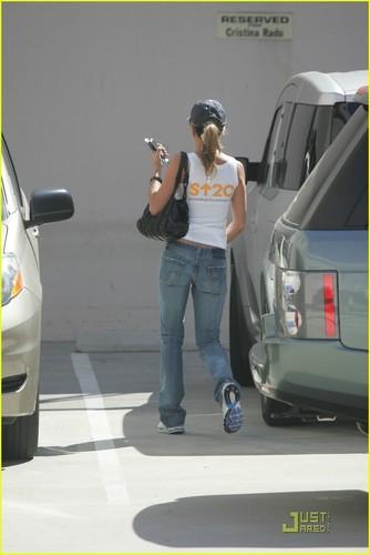 Jennifer Aniston - Stands Up 2 Cancer