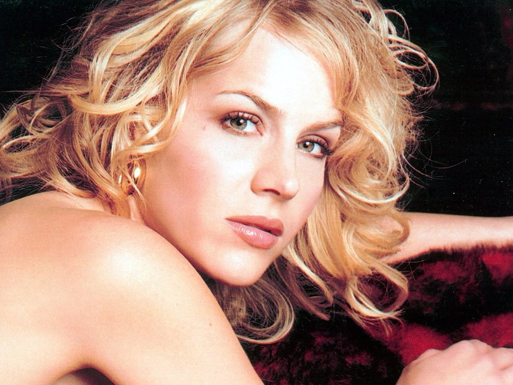Julie Benz - Photo Actress