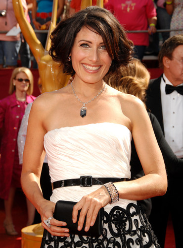 Lisa Edelstein at the 60th Primetime Emmy Awards 2008