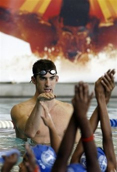 Michael Phelps wallpaper probably with a hot tub, a water, and a bather entitled Michael Phelps