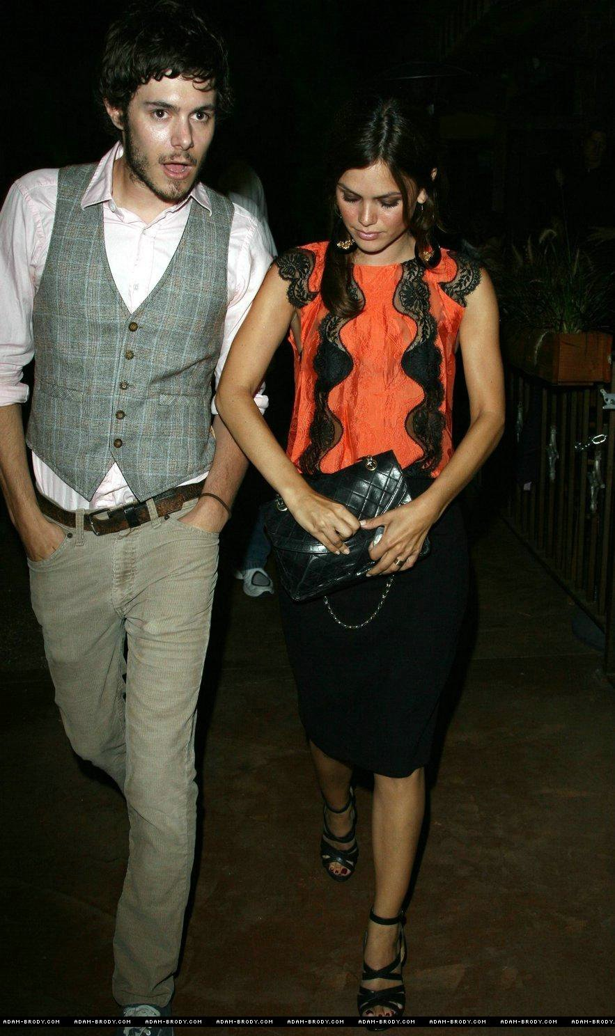 Adam Brody and Rachel Bilson Photo (2302139) - Fanpop
