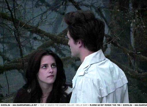 Robert/Kristen behind the scenes