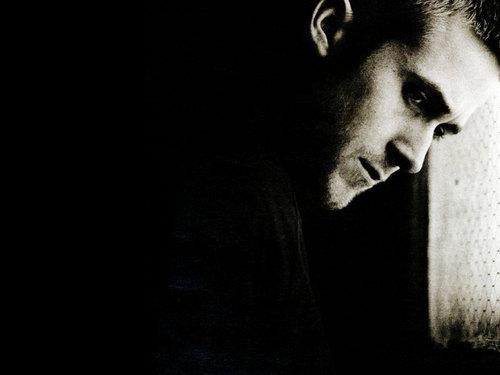 Ryan gosling karatasi la kupamba ukuta titled Ryan