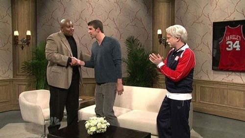 Michael Phelps پیپر وال probably with a well dressed person, a drawing room, and a business suit called SNL Sketch