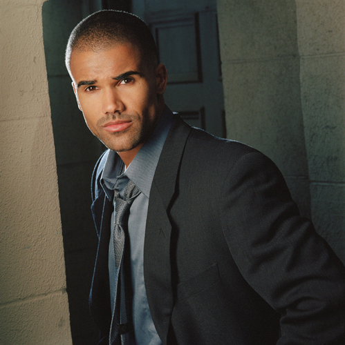 Shemar Moore 壁紙 containing a business suit called Shemar Moore