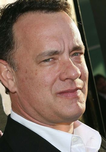 Tom Hanks Hintergrund containing a business suit titled Tom Hanks