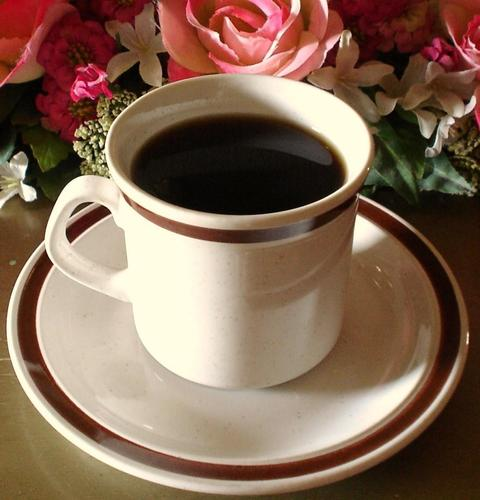 Coffee wallpaper with a turkish coffee entitled coffee n flowers