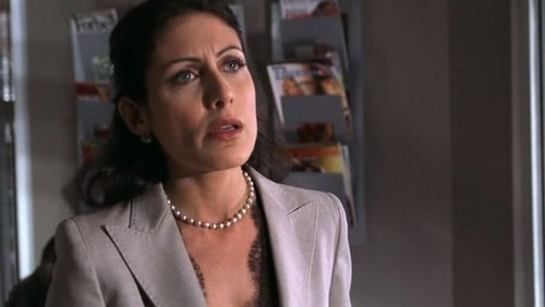 1x06 The Socratic Method - dr-lisa-cuddy Screencap