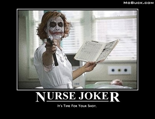 小丑 壁纸 containing a newspaper entitled Crazy Nurse Joker