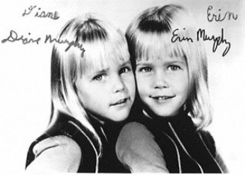 Bewitched wallpaper possibly with a portrait entitled Erin and Diane Murphy (Tabatha)