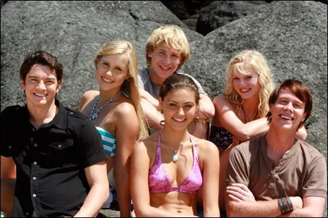 H2O just add water - cariba-heine-and-phoebe-tonkin photo