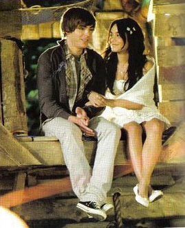 High School Musical 3 wallpaper possibly containing bare legs, a well dressed person, and a hip boot titled HSM3 scans