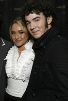 Kevin jonas with hayden panettiere