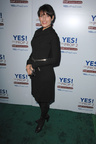 Lisa E - Yes! on Prop 2 Party