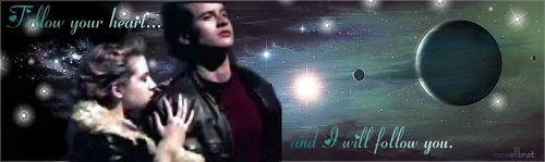 Michael & Maria wallpaper possibly with a sign entitled MM<3