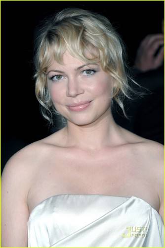 Michelle Williams Premieres Wendy and Lucy